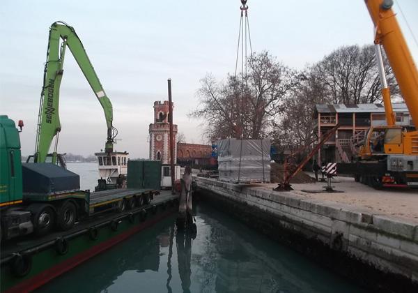 Operazioni portuali